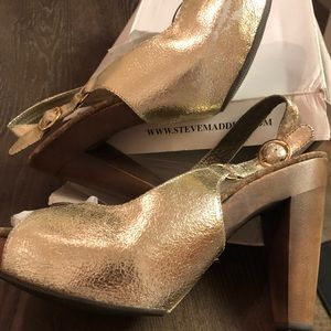 Gold rugged peep toe heels